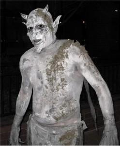 impishrogue's Stone Statue costume - Winner of the 2008 Halloween Costume Contest