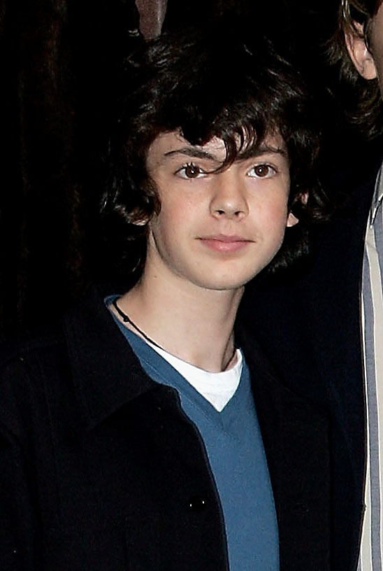Skandar Keynes - Images Colection