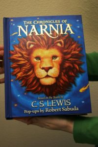Narnia Pop-Up Book