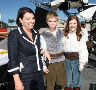 Premier Anna Bligh with Will and Georgie