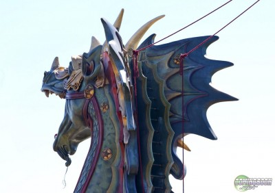 "A good shot of the back of the head where you can see the rigging acting as ""reins"" for the dragon's head. And that wire hanging down from its mouth — might that be where the lantern is hung?"